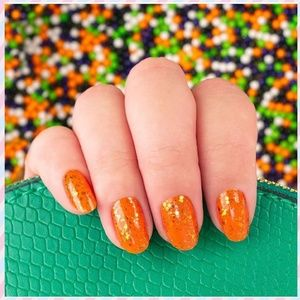 4/$48 Color street nails trick or treat me glitter